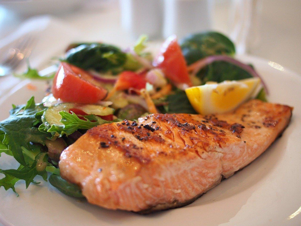 Repas au saumon